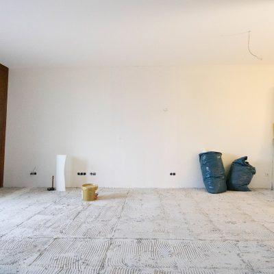 Eigentumswohnung Schengen – Wohnzimmer vorher
